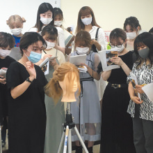 カリキュラム 外部講師授業(ヘアメイク) 大村美容ファッション専門学校