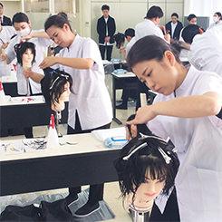 全国トップレベルの美容師 大村美容ファッション専門学校